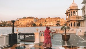 EXPERIENCE INDIA LIKE A ROYAL