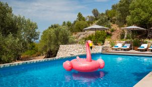 ESCAPE TO THE MALLORCAN SUN!